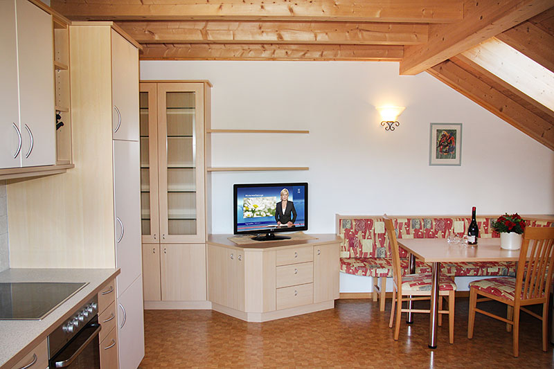 appartamento trinnerhof in raas natz schabs s dtirol. Black Bedroom Furniture Sets. Home Design Ideas